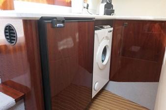 aquastar-430-aft-cabin-11