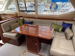 aquastar-430-aft-cabin-12