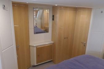 aquastar-430-aft-cabin-16
