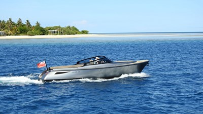 yacht-banwajer-exterior-10