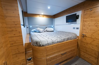 SKYLARK 7 SKYLARK 2012 SUNREEF Sunreef 70 Catamaran Yacht MLS #267696 7