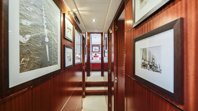 Vanish 92 Mangusta Motor Yacht  guest gallery
