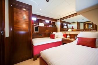 Vanish 92 Mangusta Motor Yacht triple guest suite