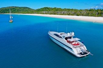 Vanish 92 Mangusta at Whitehaven Beach
