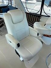 137 Captain Chair