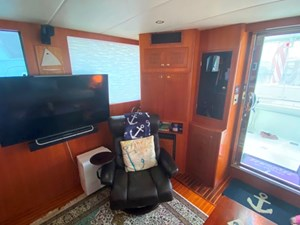203 Salon to Aft Starboard