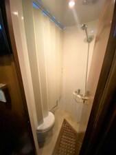 246 Guest Head Shower Partition