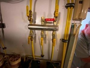 335 Fuel Manifold