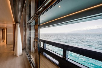 UTOPIA IV 14 Main Deck - Owner Cabin - Balcony