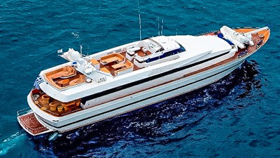 WHISPERS YACHT
