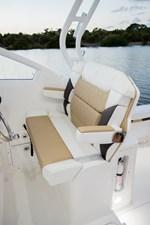EdgeWater-280cx-Helm-Seat-2