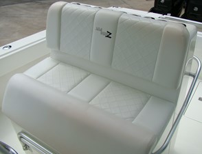 8. Console Seat