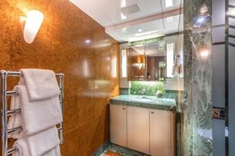 Emerald Guest Stateroom Bath