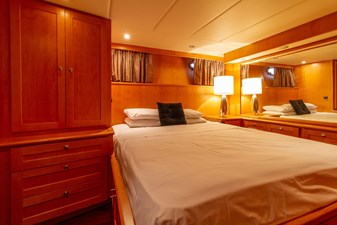 Master Midship Stateroom