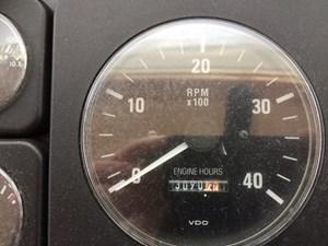 LAST TANGO 25 Engine Hours Port - Nov 2020