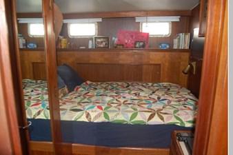 1979 Hatteras 53 Yacht Fisherman 39 40