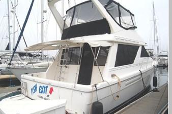 1995 Bayliner 3988 Motoryacht 1 2
