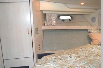 1995 Bayliner 3988 Motoryacht 32 33