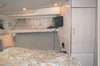1995 Bayliner 3988 Motoryacht 33 34