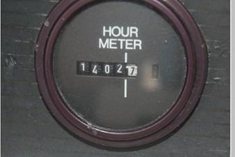 1995 Bayliner 3988 Motoryacht 54 55