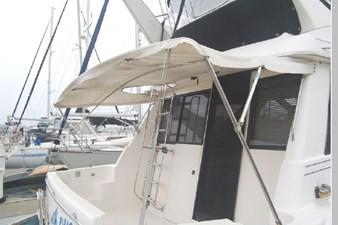1995 Bayliner 3988 Motoryacht 58 59