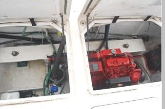 1995 Bayliner 3988 Motoryacht 64 65