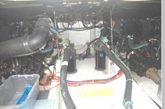 1995 Bayliner 3988 Motoryacht 69 70