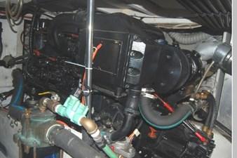 1995 Bayliner 3988 Motoryacht 73 74