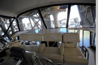 1999 Silverton Motoryacht 23 24