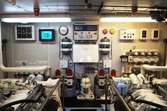 MY DESTINY 174 Engine Room