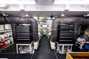 MY DESTINY 183 Engine Room