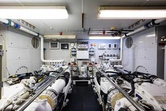 MY DESTINY 184 Engine Room