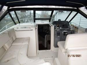 Spirit 6 5_2776011_29_tiara_upper_deck_forward