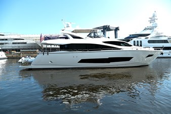 6_2019 86ft Sunseeker Yacht ITS NOON SOMEWHERE