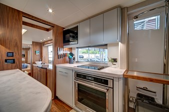 It's Noon Somewhere 37 38_2019 86ft Sunseeker Yacht ITS NOON SOMEWHERE