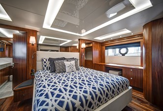 It's Noon Somewhere 48 49_2019 86ft Sunseeker Yacht ITS NOON SOMEWHERE