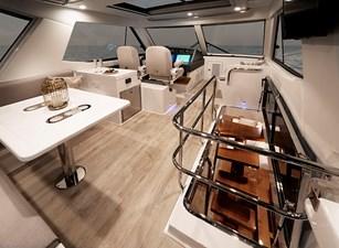 Riviera 54 Enclosed Flybridge Flybridge 01