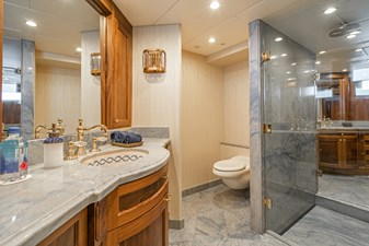 LADY BAHI 137 master bath