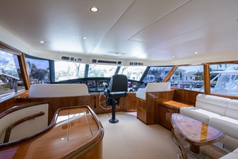 Osh-it  44 Enclosed Flybridge