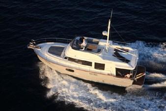 2020 Beneteau Swift Trawler 44 3 4