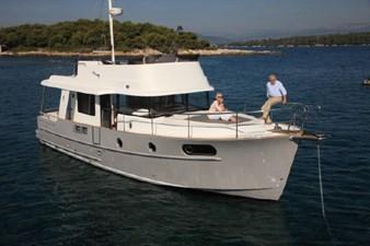 2020 Beneteau Swift Trawler 44 5 6