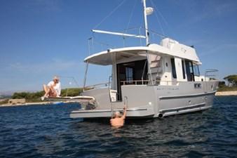 2020 Beneteau Swift Trawler 44 6 7