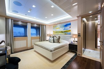 All Guest Cabins on the Main Deck - VIP Guest Cabin, Facing Aft