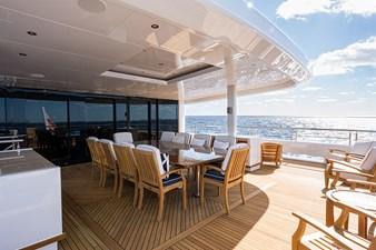 Skylounge Aft Deck Dining