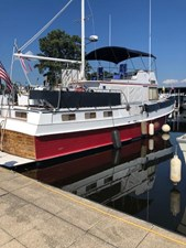 2 Little Red 1984 Grand Banks 49 MY Starboard Profile