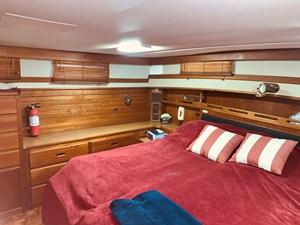 64 Little Red 1984 Grand Banks 49 MY aft cabin 4