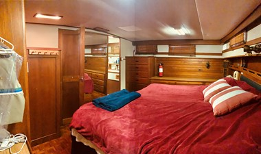 65 Little Red 1984 Grand Banks 49 MY aft cabin 5