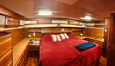 66 Little Red 1984 Grand Banks 49 MY aft cabin 6