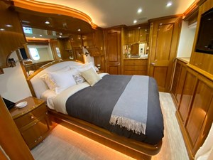2011 Cheoy Lee 103' 103 Cockpit Motor Yacht - Blue Steele - Master Stateroom Aft