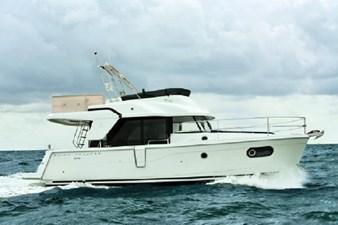 2020 Beneteau Swift Trawler 35 0 1